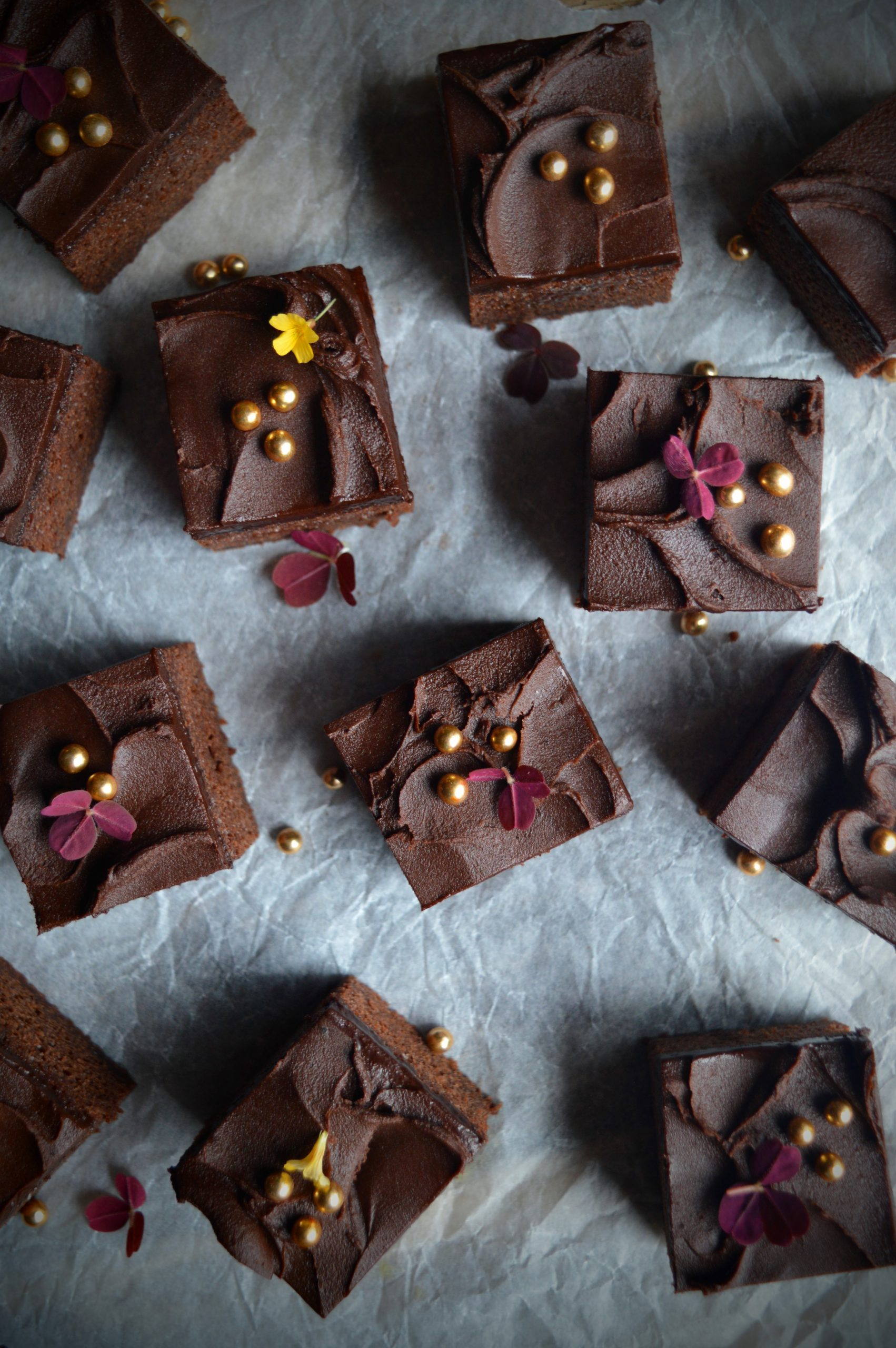 Saftig sjokoladekake i langpanne
